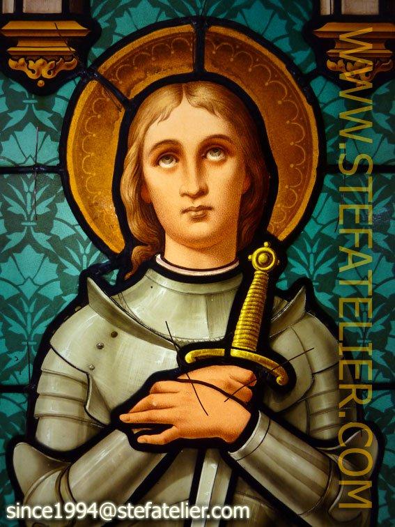 restauration vitrail Jeanne d'Arc