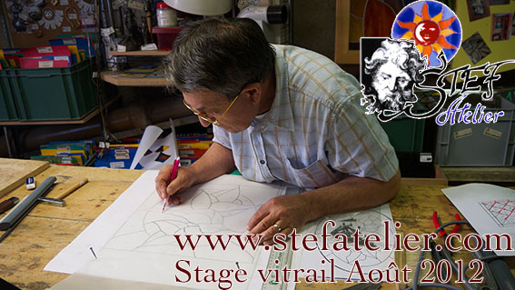 stage de vitrail Stef Atelier vitraux d'art pour apprendre à fabriquer des vitraux
