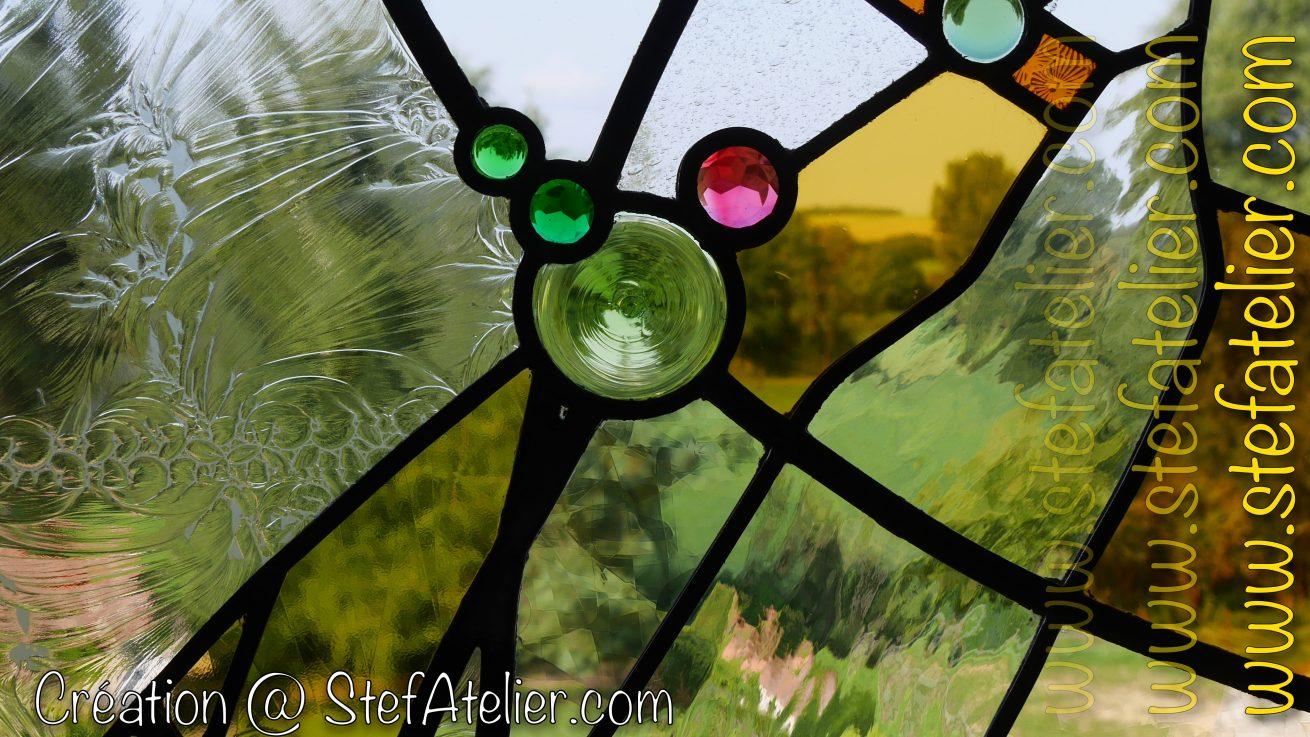 cives et cabochons en verre pour vitrail