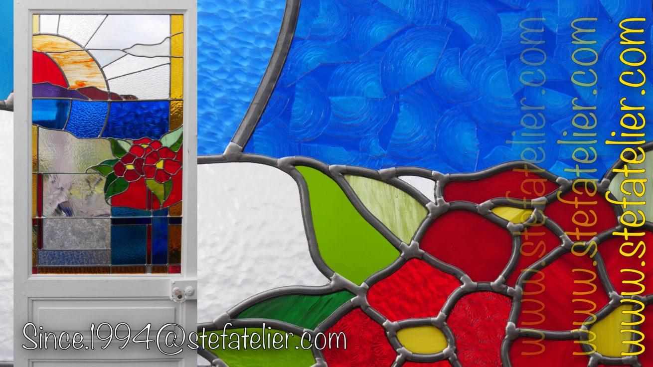 vitrail clematites rouges moderne