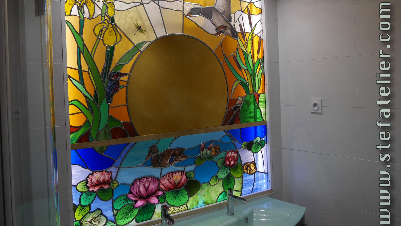 vitrail salle de bain etang